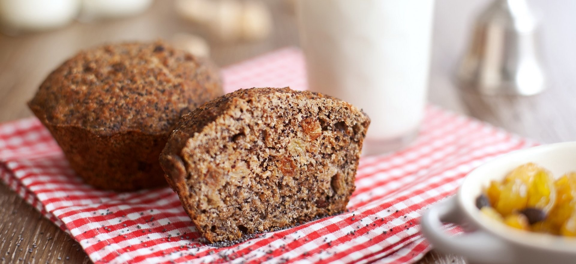 Хлебцы, сладости и хлеб из цельного пророщенного зерна пшеницы